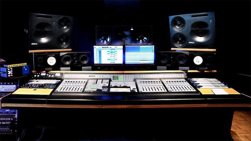 studio di registrazione e sala regia a Torino