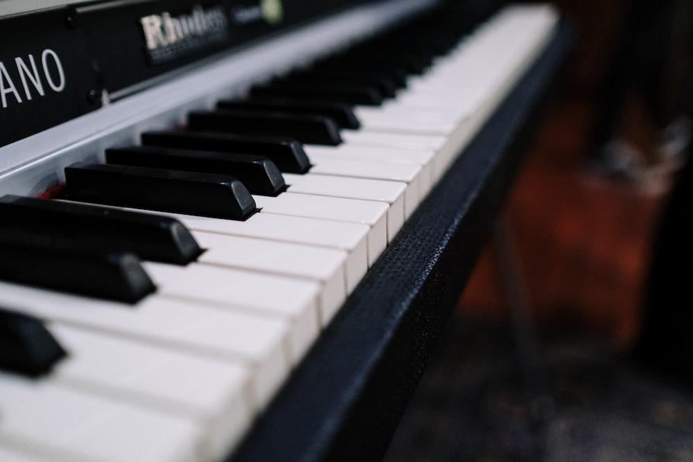 una tastiera come momento e spazio per suonare