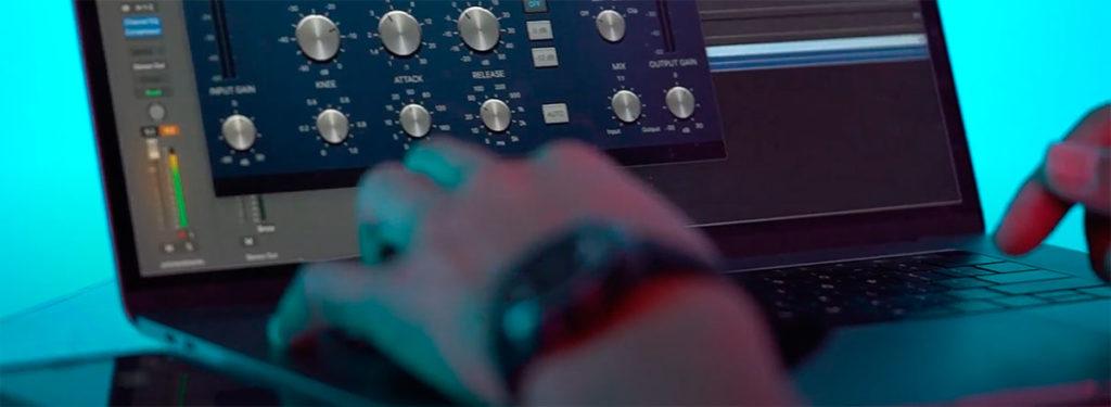 produzione musica elettronica daw e librerie musicali a disposizione dei producer che possono produrre musica con un computer e qualche programma audio