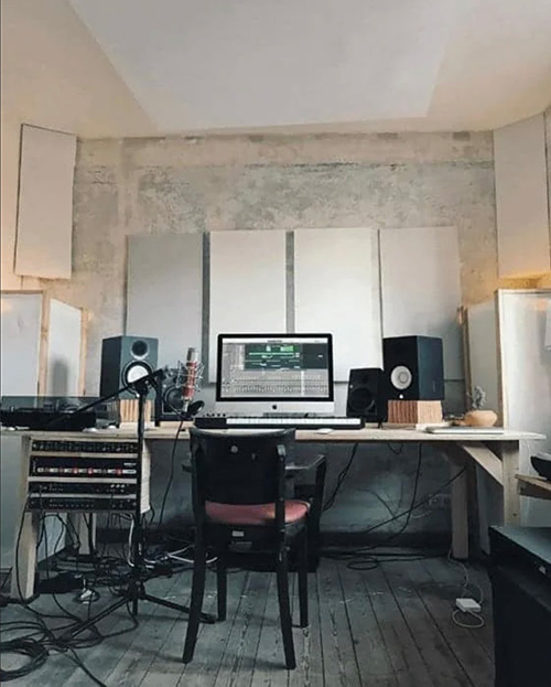 software usati dal music producer e strumentazione in home studio per produrre musica