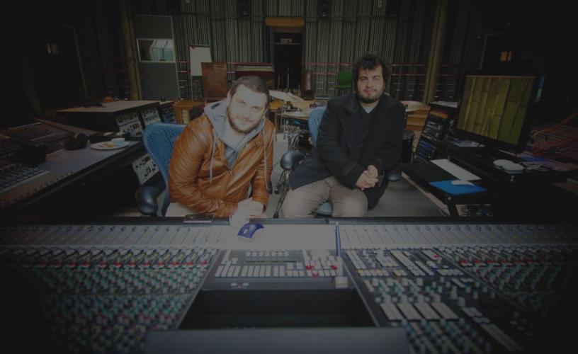 Galileo Tarricone in studio di registrazione in UK